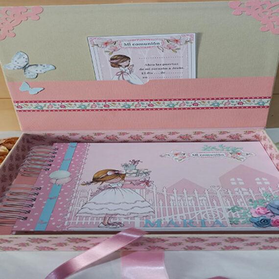 Album y Libro de Firmas con su caja contenedora
